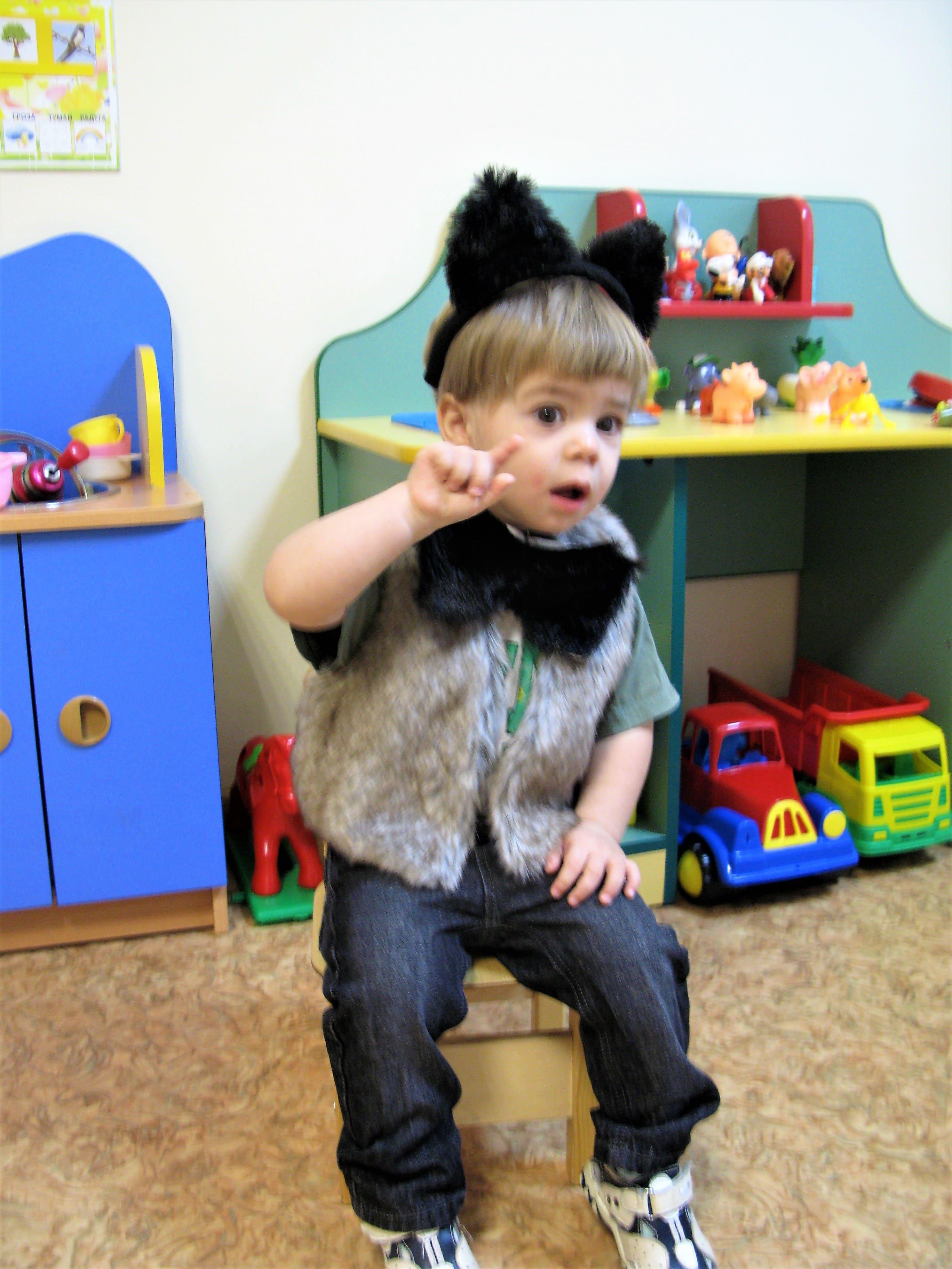 Фото ребенка в костюме волка